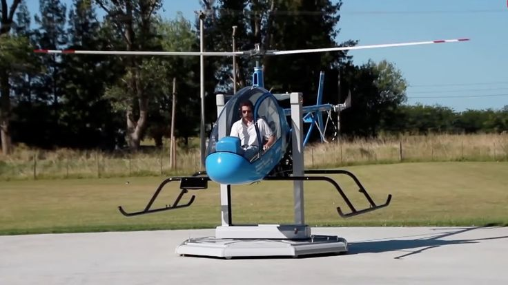 Small Argentine Helicopter Manufacturer Aims to Revolutionize Helicopter Training – AINtv - YouTube