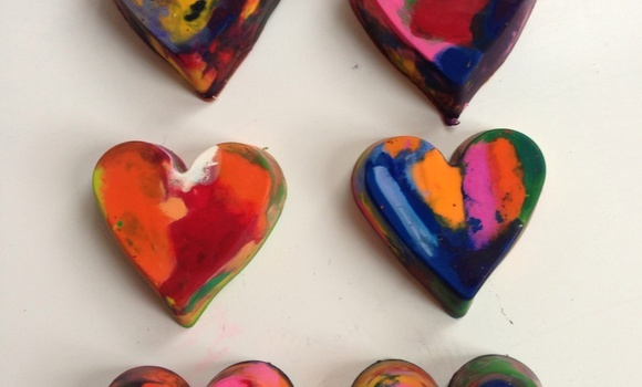 make heart crayons and have some fun with your kid