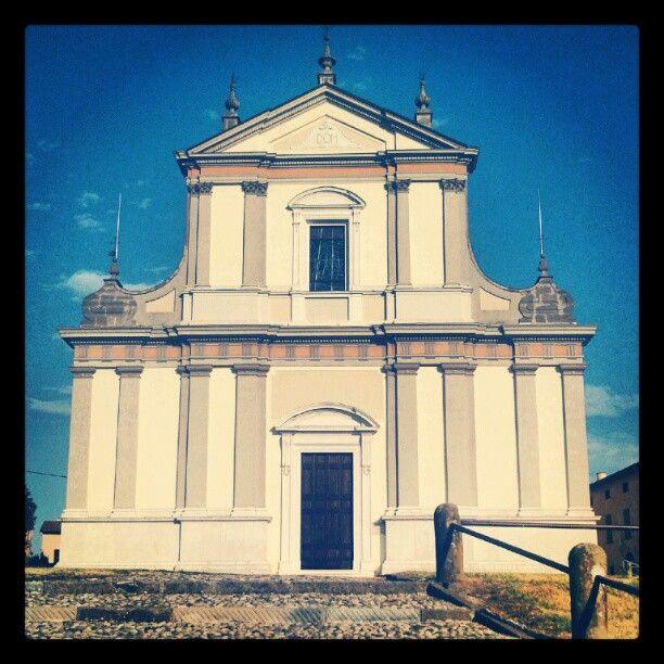 #church #chiesa #architecture #architettura #arquitectura #baroque #barocco #italy #italia #igersitalia #igersitaly #igersbrescia #erbusco #Franciacorta  (Scattata con Instagram)