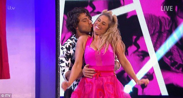 Kem Cetinay and skating partner Alex Murphy score 29  It was all about Love Week on Dancing on Ice as the remaining stars took to the rink on Sunday.  With Valentines day approaching all the stars starting out on the Carosel of love before first couple Kem Cetinay and Alex Murphy tried to set the judges hearts a flutter with their One Direction dance.  In his preparation VT Kem admitted that he knows Liam quite well even texting the singer before donning the skates for rehearsals.  Dancing…