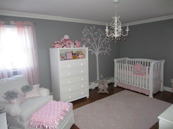 Habitación bebé.  Gris y rosa