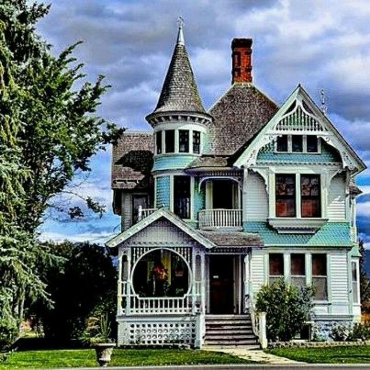 A Complete Tour Of A Victorian Style Mansion: Beautiful Buildings