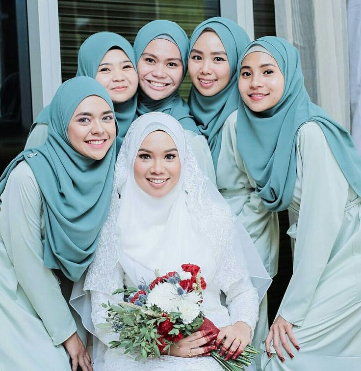 Lovely bride,beautiful bridesmaid @lightlovapictures