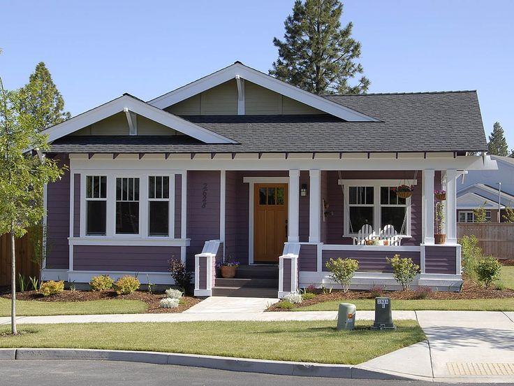 25 Best Craftsman Bungalow Exterior Ideas On Pinterest Bungalow Homes Craftsman Cottage And