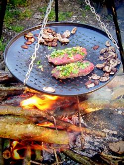 I want one of these hanging pan things!!  Perfect over a campfire!  Kotlich cook easy camping food campsite camp fire