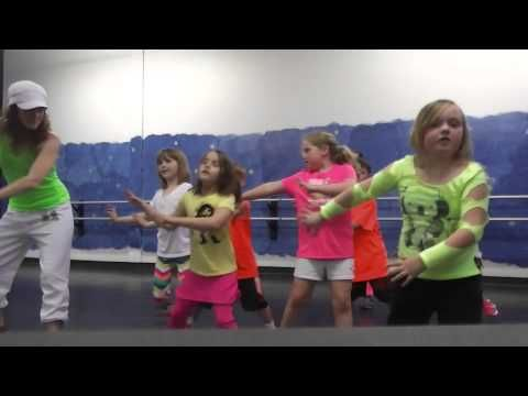 ZumbAtomic (Zumba for kids) I knew you were trouble by Taylor Swift (cutest thing i've seen all day)