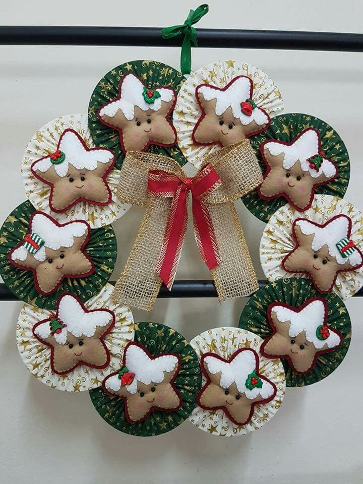 Not crazy over the wreath, but love the little stars. They would make cute ornaments.