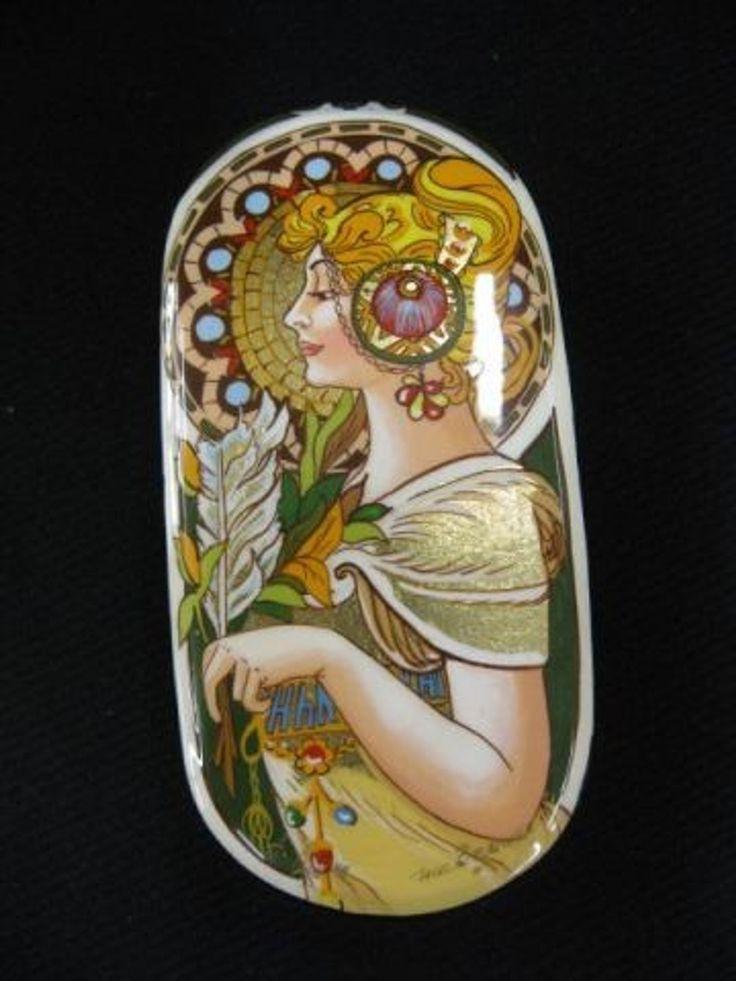 Russian Lacquerware Box .Circa 1900-1910. Русский лакировочный ящик.Около 1900-1910 гг.俄罗斯漆器盒。大约1900-1910。