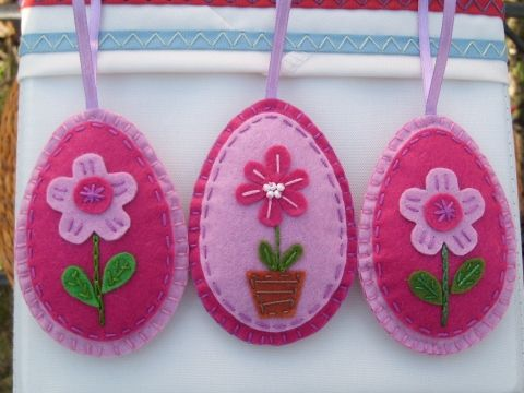 Filc üde rózsaszín  virágos húsvéti tojások 3 db, Dekoráció, Ünnepi dekoráció, Meska