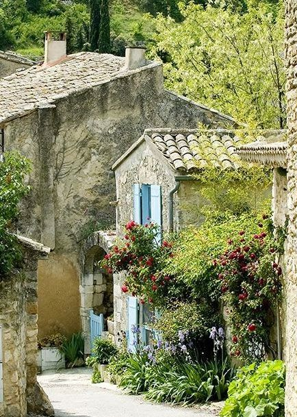 Stunning Views: Luberon ~ Provence ~ France