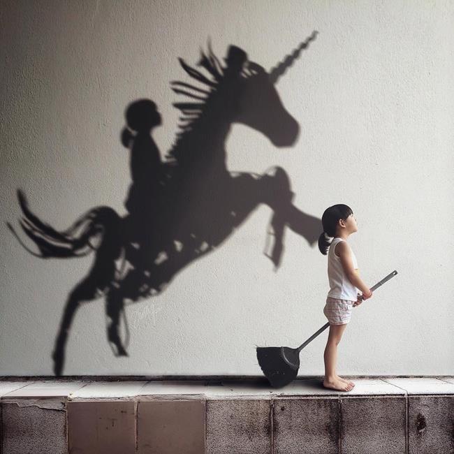 Bir Anne Kızının Fotoğraflarını Rötuşlayarak Hayal Dünyasına Ait Kompozisyonlar Oluşturuyor Sanatlı Bi Blog 37
