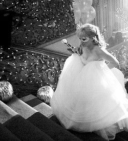 A Cinderella Story this would be an awesome picture for any girls party like quinces or sweet 16's