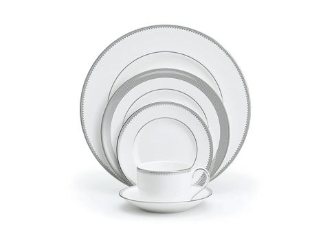 #VeraWang, a name synonymous with bridal couture and elegant romantic fashion design, has created a range of fine bone china dining ware in an exclusive collaboration with #Wedgwood. | #thomasjewellers