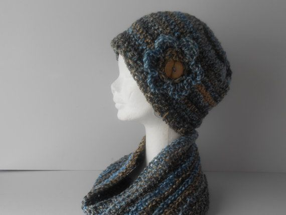 Hat and Scarf. Women's Gift Set. Winter Hat and by AluraCrafts