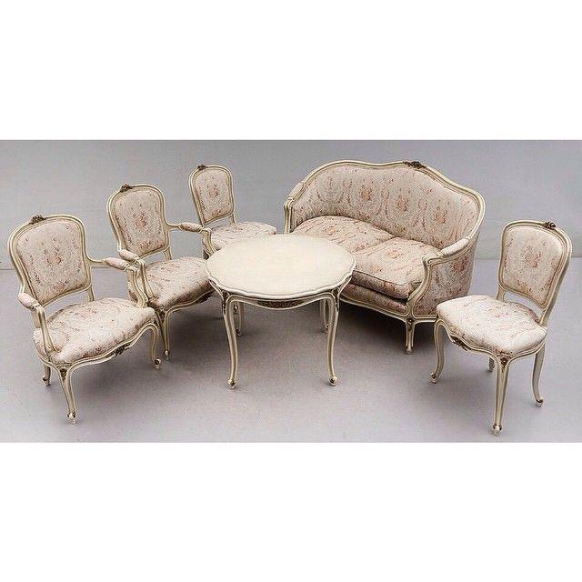 Комплект мягкой мебели стиль рококо, из 6 предметов: стол, диван, 2 стула и 2…