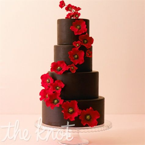 Change the outer layer of a tall wedding cake to chocolate and the look is utterly romantic. Cake by Ana Parzych Custom Cakes