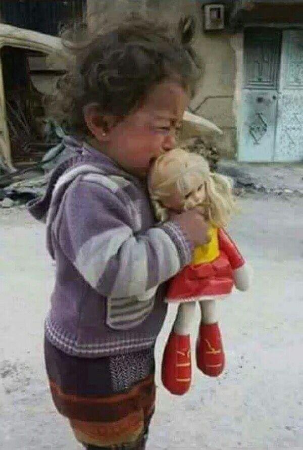 17 Images About Children In War Syria On Pinterest Art