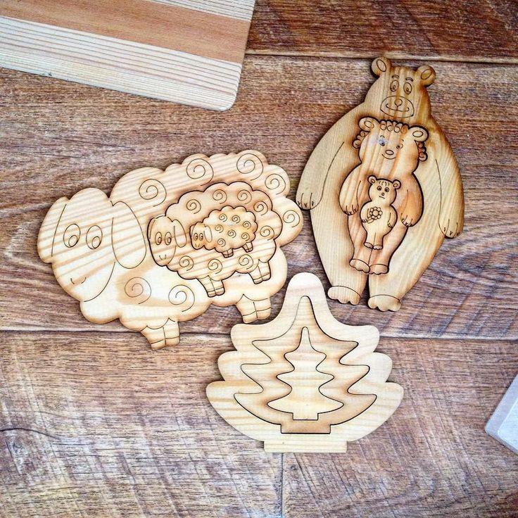"""Любите деревянные игрушки? Я люблю  Сама люблю сама играю  Девочкам больше по душе пластиковые контейнеры или стаканчики. Тоже неплохой вариант сортеров на тему """"большой - маленький""""  #instagood #kid #kids #child #photo #wood #woodwork #woodart #toy #toys #woodtoy #woodtoys #woodtoysforkids de nabeevatn"""