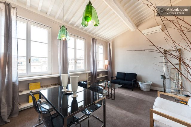 S.Croce Flat - 99 steps to the sky! https://www.airbnb.it/rooms/1102476?preview=true