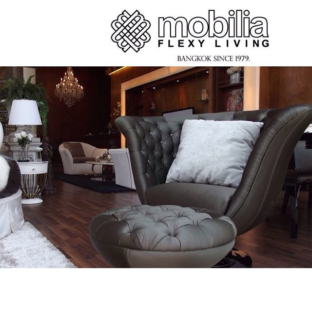 Good morning Monday. #relaxtime #mobiliaflexyliving_bangkok #design #interiordesign #luxury #fancy #glamour #makerpen #painting #sketch #sketchdesign #Mobiliaflexyliving_Bangkok #furniture_design #design #interiordesign #luxury #fancy #glamour #decorations #decorative #highend #home #beautiful #room #casa #blue #gold #mobilia +662-662-1997 or +662-662-1508 email: enquiry@siamdesignfunishing.com www.mobiliaflexyliving.com