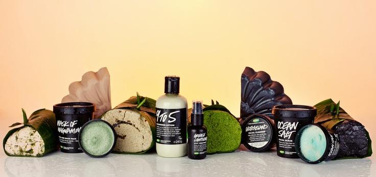 Onze heerlijke, verse, handgemaakte reinigers. Welke is jouw favoriet? Laat het ons weten door dat product te repinnen op jouw board!