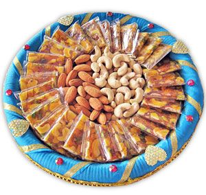 Find sweet and dry fruits at our online store at Tajonline.com. Get flat 10% off on minimum order value INR 1500. Apply code EID2017X9Y. Hurry up! For more information click here: http://www.tajonline.com/gifts-to-india/gifts-IBS169.html