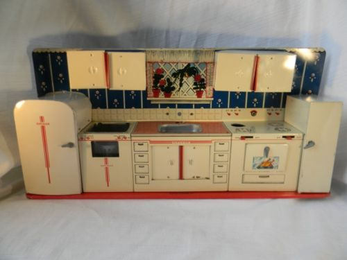 30 best images about vintage toy kitchen appliances on for Playskool kitchen set