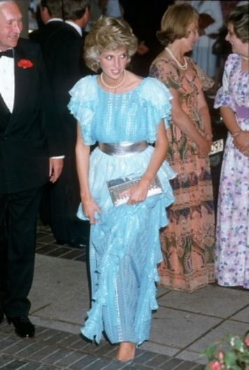 1985-07-24 Diana attends a Dinner hosted by the Gloucestershire Cricket Club at the Ladbroke Dragonara Hotel in Bristol, in honour of the Australian Cricket Team