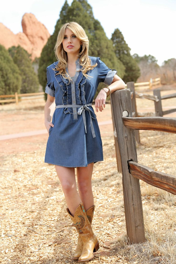 17 Best images about What to wear to a country wedding on Pinterest   Vests 15 dresses and Wedding