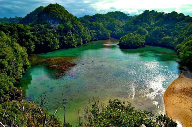 Pulau Sempu - bromotravelguide.blogspot.com