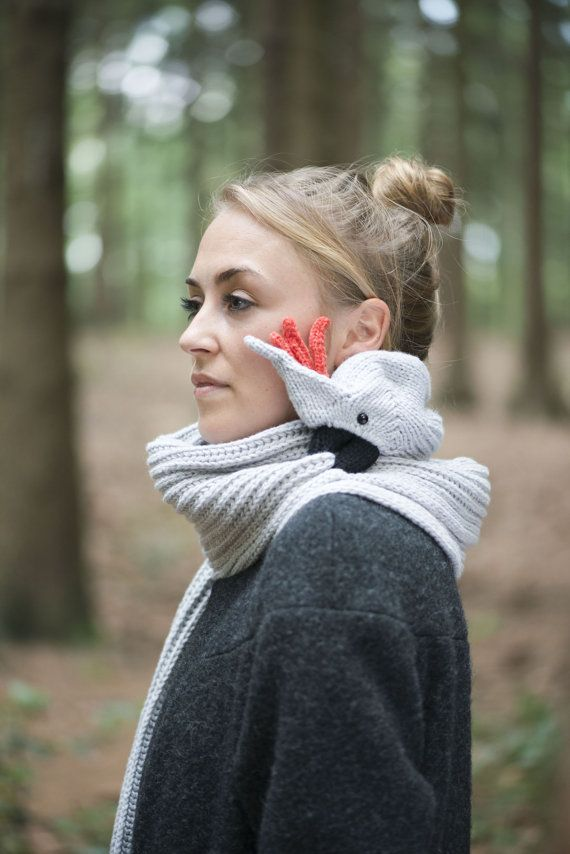 For the bird-lover with everything: a clever parrot scarf. #etsy #design #gifts