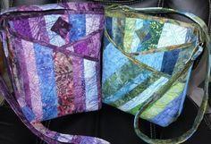 Bolsa com bolsos transversais.        Cross Body Bag & Bonus Patterns! | PatternPile.com