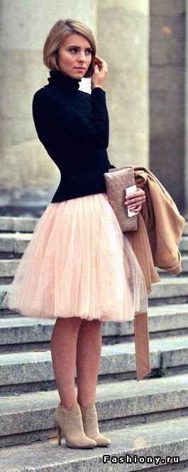 Pink tulle skirt and black long sleeve top with heals & clutch!