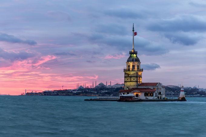 Torre de la doncella en Estambul Turquía