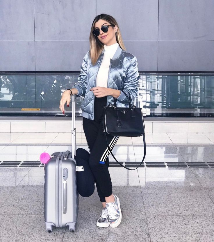 1000+ ideas about Airport Travel Outfits on Pinterest | Travelling outfits Travel style and ...