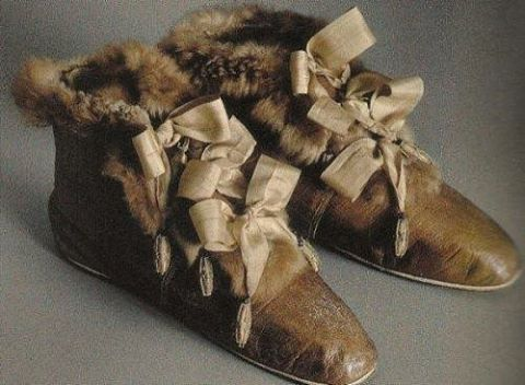 """Empress Josephine's fur-lined carriage boots. These are a very early version of a boot style popular for more than a century. Carriage boots were often over-shoes, worn over a ladies' slippers or heeled shoes later on. Check out our """"Victoria"""" Carriage Boots currently on sale at AmericanDuchess.com (link in bio)"""