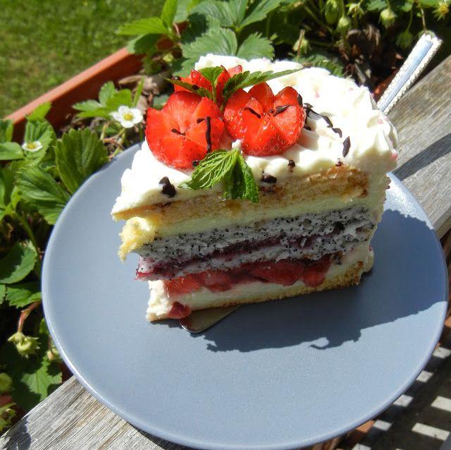 """Podstawa tego torta ,jest przepis pani Wandy Bielak na ciasto """"Wysmienite"""" ktore juz dawno temu znalazlam..."""