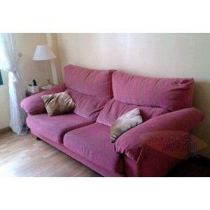 Vendo muebles de segunda mano de un piso de 97m. Muebles de altísima calidad, de madera maciza y comprados en tiendas de renombre. Sofá de s...
