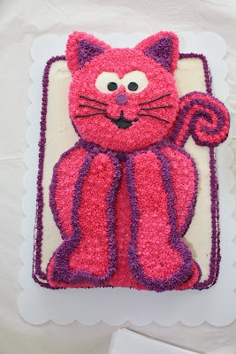 The Kitty Cat Cake. Making this for my stepdaughter Natalie for her 4th birthday. She said her favorite animal is a cat.