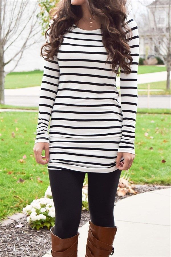 I love when a tunic is long enough to wear with leggings