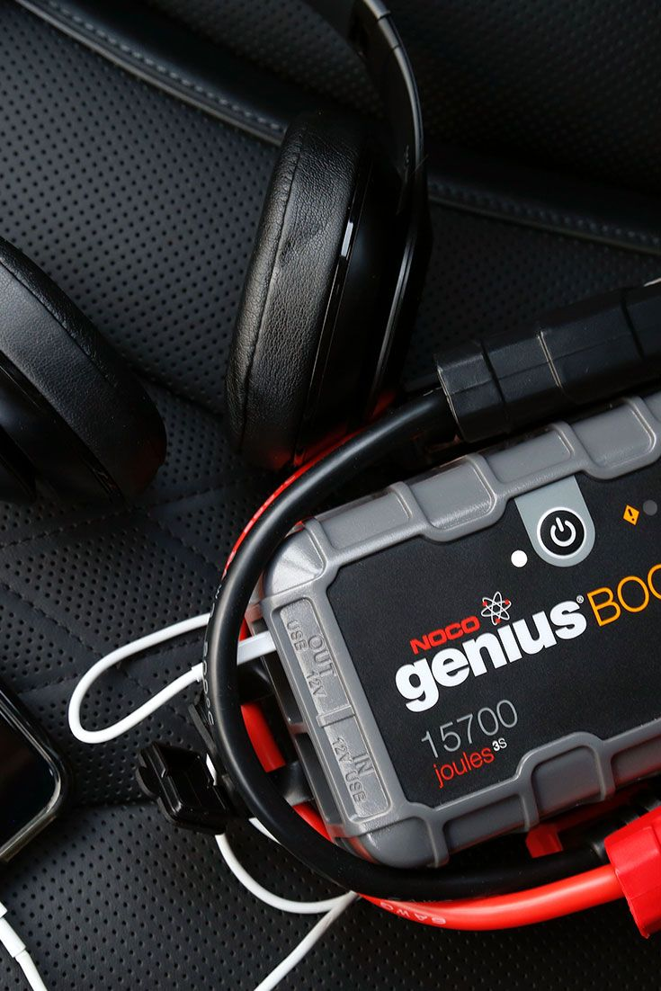 Safely jump start a dead battery in seconds. Jump start vehciles up to 10 liter gas and diesel engines. Plus recharge your devices on the go, like iPhones, iPads and more.