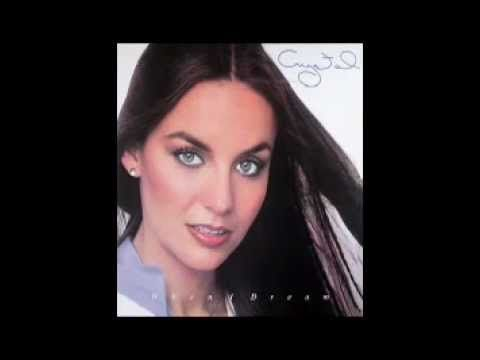 ▶ Crystal Gayle - Talking In Your Sleep - YouTube