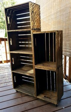 DIY Wooden Crate Shoe Rack http://ewoodworkingprojects.com/wooden-led-pallets/