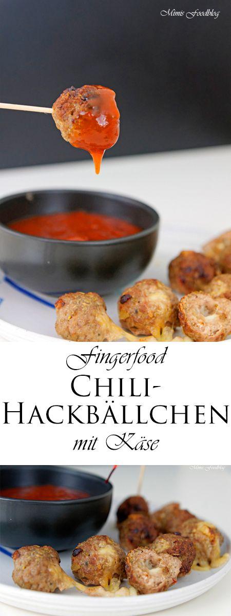 Gefüllte Chili-Hackbällchen mit Käse ist ein leckeres Fingerfood. Die Chili-Hackbällchen sind perfekt für Buffets, zum Picknick oder als Büro-Food.