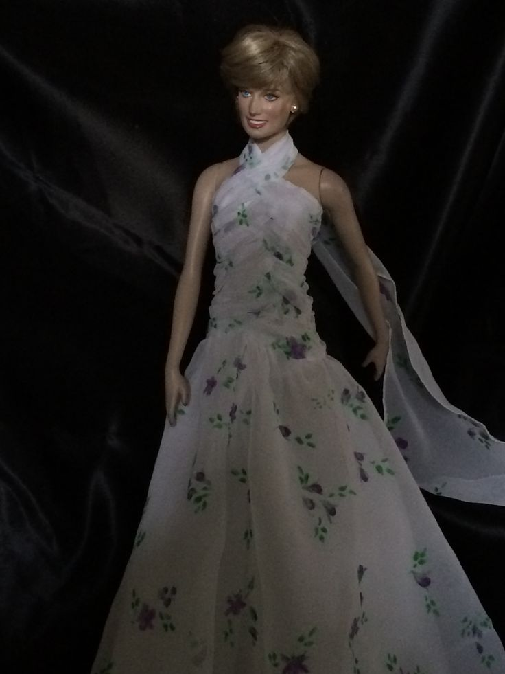 31 best princess Diana dalls images on Pinterest   Barbie dolls ...