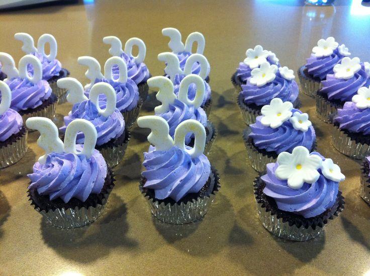 Nat's 30th cupcakes