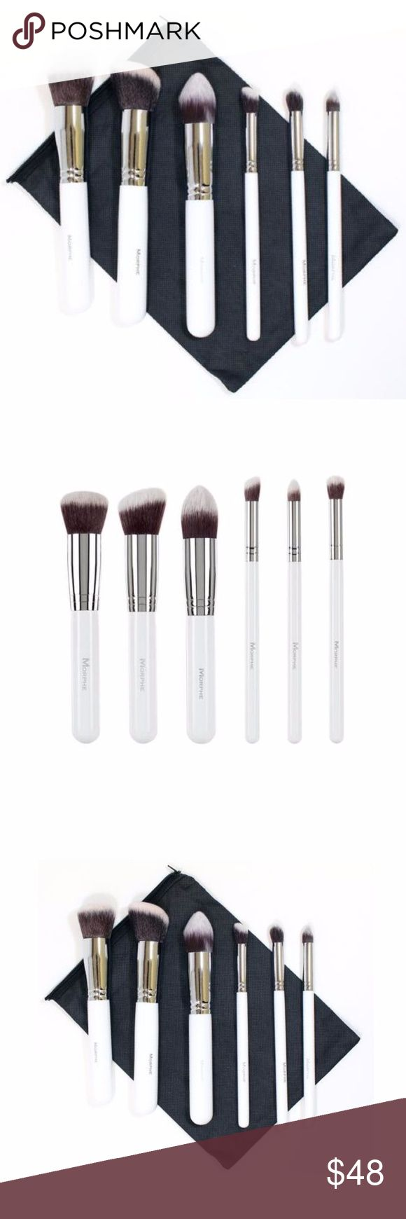 Six-Piece Deluxe Contour Set Exclusive White Handle Contour Brush Set Collection, which includes:   ★ 1 x Angled Buffer ★ 1 x Round Buffer ★ 1 x Pointed Contour Buffer ★ 1 x Mini Angled Buffer ★ 1 x Mini Round Buffer ★ 1 x Mini Pointed Contour ★ 1 x Black Mesh Brush Bag Morphe Makeup Brushes & Tools