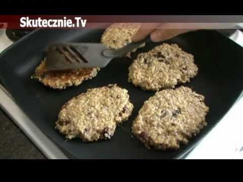 Musli z patelni, czyli placuszki z ziarnem i suszonymi owocami :: Skutecznie.Tv - YouTube