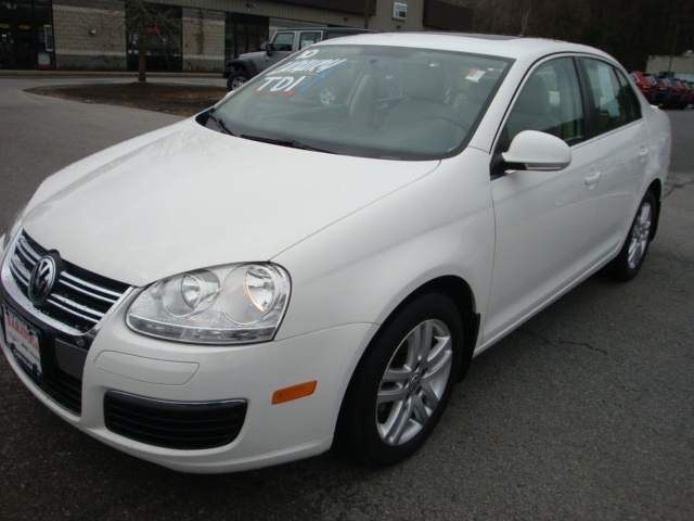 25+ best ideas about 2010 Jetta on Pinterest | N choose r, Volkswagen golf mk1 and W 4v