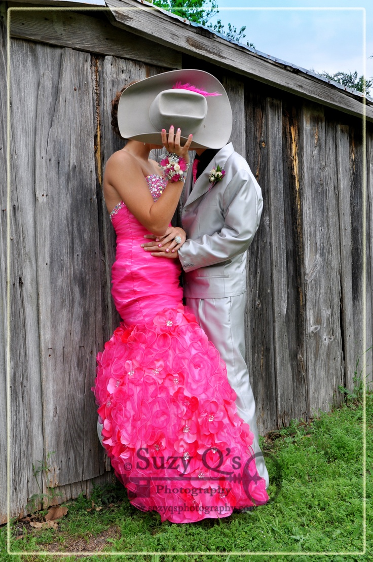 57 best Prom images on Pinterest | Country prom, Couple photography ...